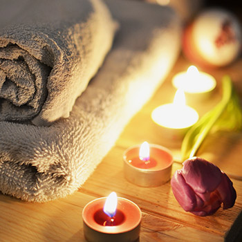 spa treatment suffolk log cabin holiday relax