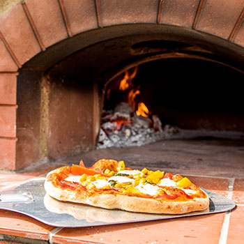 wood fired pizza cooking suffolk escape