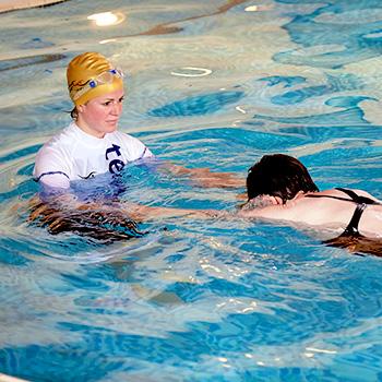 personal swimming lessons suffolk escape
