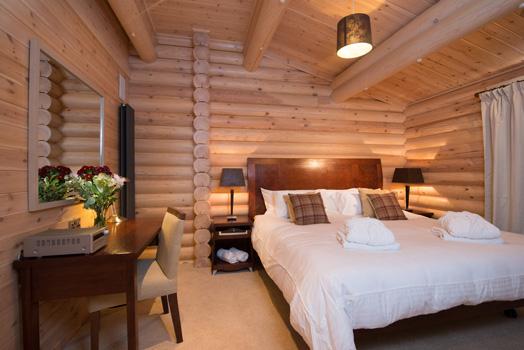Log-Cabin-Image-15