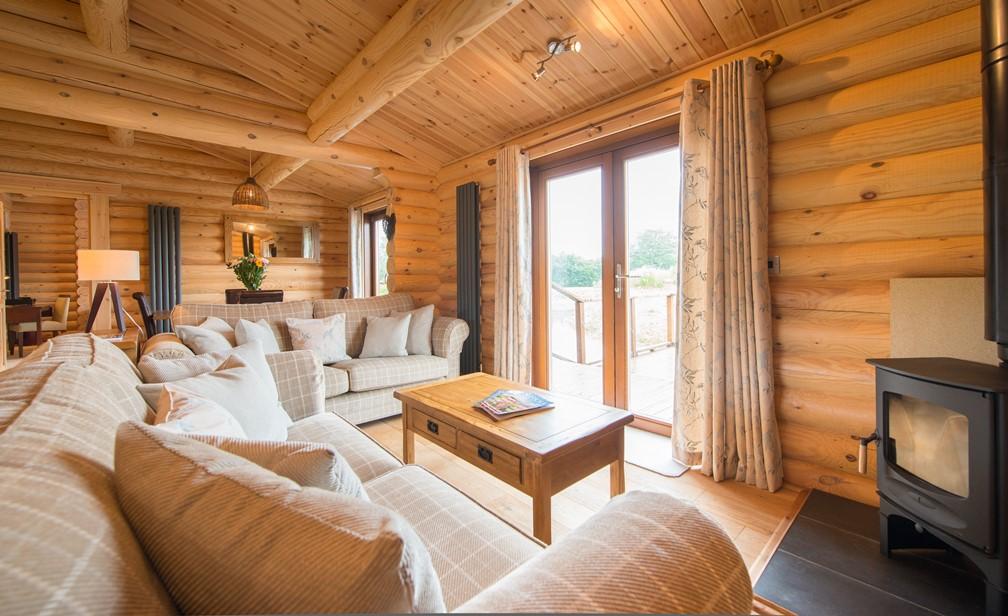 Lounge-Dining1