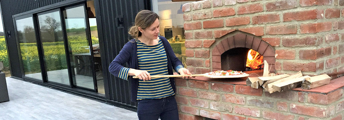 wood-fired pizza oven holiday escape suffolk